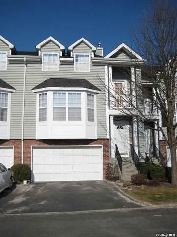 21 Paddington Circle #21, Smithtown, NY 11787 (MLS #3331568) :: Goldstar Premier Properties