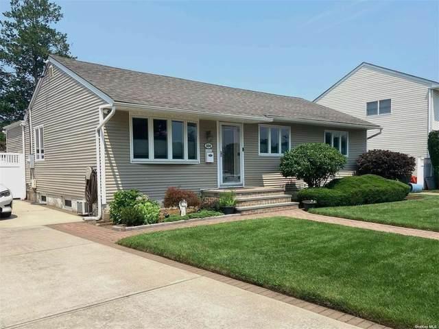 684 Sprague Avenue, Franklin Square, NY 11010 (MLS #3333833) :: Goldstar Premier Properties