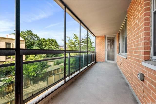 70-25 Yellowstone Boulevard 3J, Forest Hills, NY 11375 (MLS #3334474) :: McAteer & Will Estates | Keller Williams Real Estate
