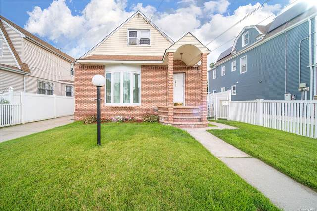 134-42 158th Street, Jamaica, NY 11434 (MLS #3334604) :: Goldstar Premier Properties