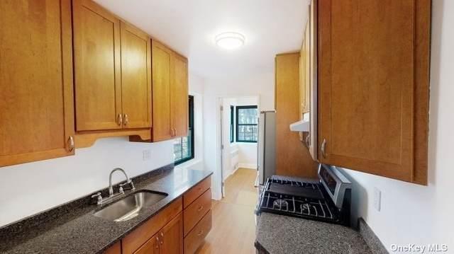118-60 Metropolitan Avenue 6 H, Kew Gardens, NY 11415 (MLS #3336571) :: Laurie Savino Realtor