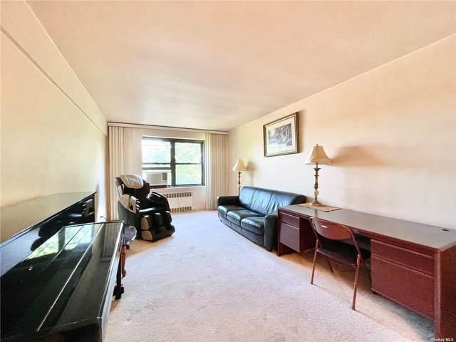 140-14 28th Road #5C, Flushing, NY 11354 (MLS #3339536) :: Laurie Savino Realtor
