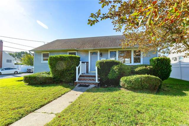 201 Sycamore Avenue, Bethpage, NY 11714 (MLS #3344837) :: The Clement, Brooks & Safier Team