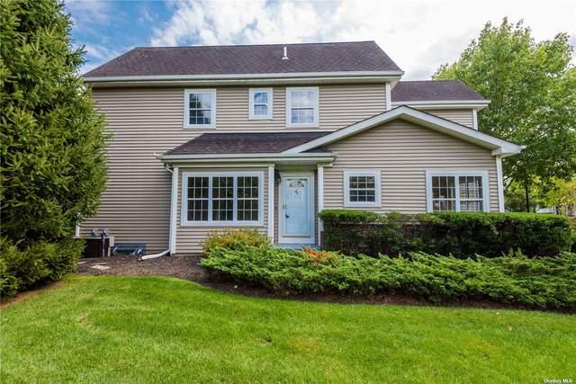 144 Paddington Circle #144, Smithtown, NY 11787 (MLS #3346451) :: Goldstar Premier Properties