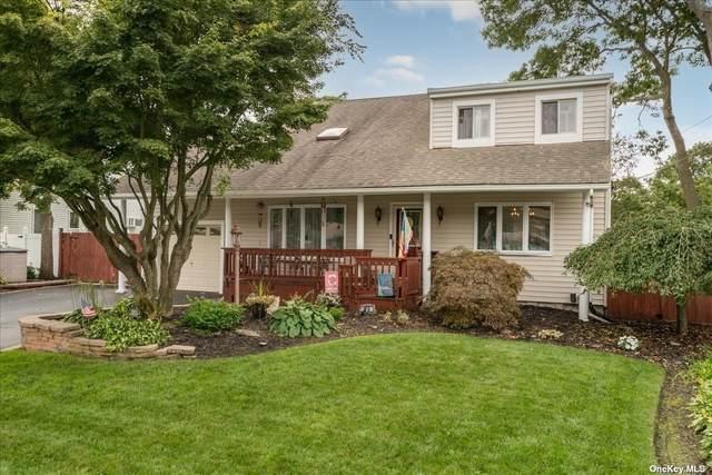 70 Presford Drive, Shirley, NY 11967 (MLS #3347557) :: Signature Premier Properties
