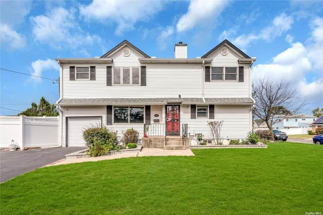2181 Stewart Avenue, Westbury, NY 11590 (MLS #3347794) :: Kendall Group Real Estate | Keller Williams