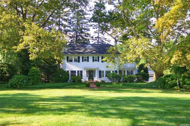 17 Heights Road, Manhasset, NY 11030 (MLS #3347807) :: Kendall Group Real Estate | Keller Williams