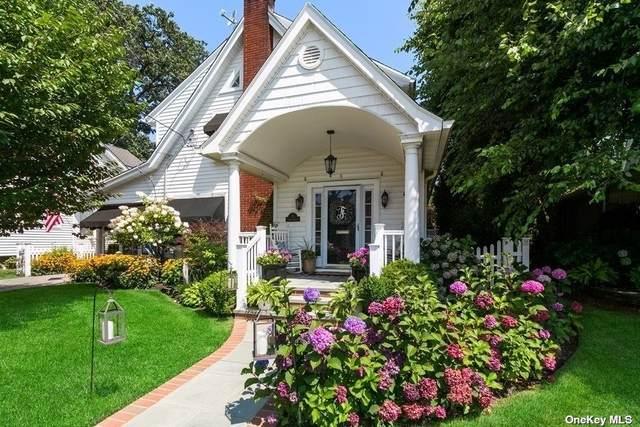9 Seitz Avenue, Rockville Centre, NY 11570 (MLS #3347900) :: Signature Premier Properties