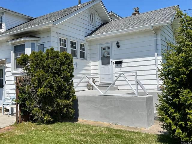 200 Park Avenue, Freeport, NY 11520 (MLS #3347982) :: Signature Premier Properties