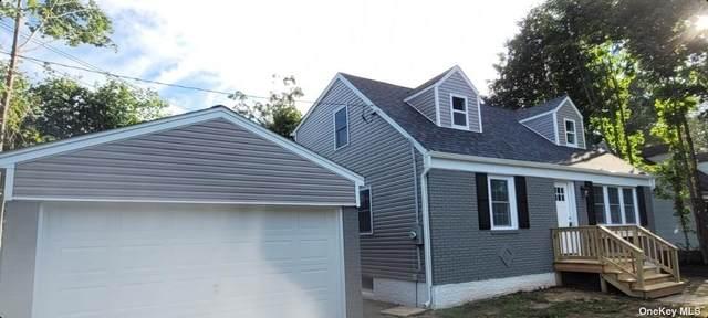 4 Manor, Huntington Sta, NY 11746 (MLS #3348024) :: Keller Williams Points North - Team Galligan
