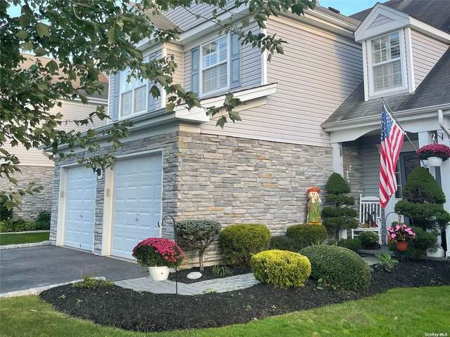 73 Madison Circle #73, Middle Island, NY 11953 (MLS #3350240) :: Corcoran Baer & McIntosh