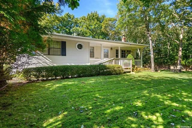 5 Seabright Avenue, East Hampton, NY 11937 (MLS #3350489) :: Carollo Real Estate
