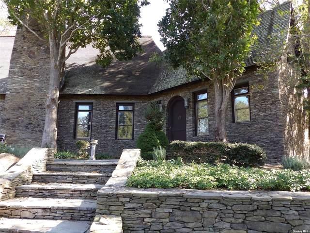 34 Foxboro Road, Montauk, NY 11954 (MLS #3351819) :: Carollo Real Estate