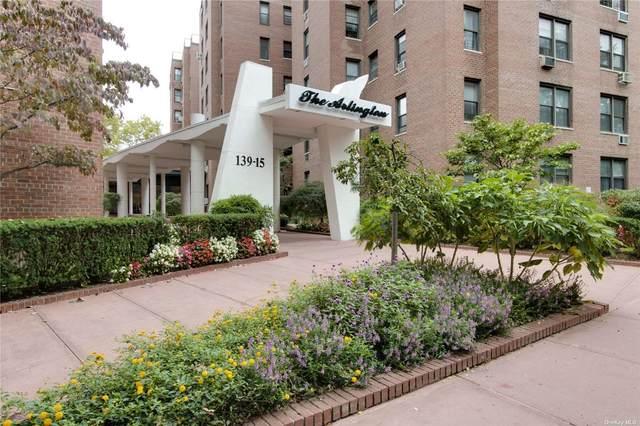 139-15 83 Avenue #538, Briarwood, NY 11435 (MLS #3351866) :: Cronin & Company Real Estate