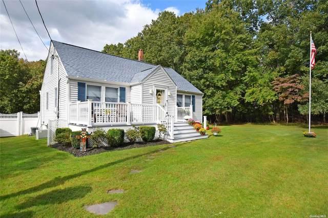 90 Sally Lane, Ridge, NY 11961 (MLS #3352545) :: Carollo Real Estate