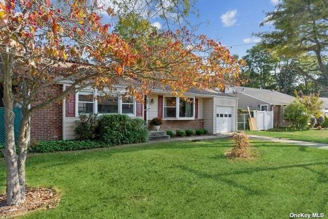 18 Glenwood Lane, Huntington, NY 11743 (MLS #3353242) :: Signature Premier Properties