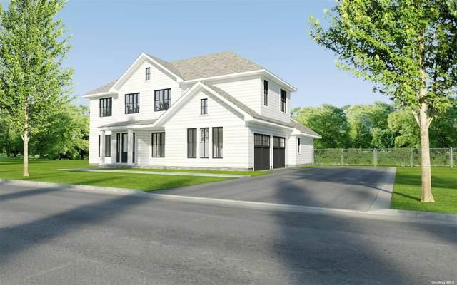 17 White Oak Lane, Southampton, NY 11968 (MLS #3353913) :: Mark Boyland Real Estate Team