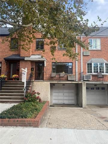 63-43 72nd Street, Middle Village, NY 11379 (MLS #3354601) :: Howard Hanna | Rand Realty