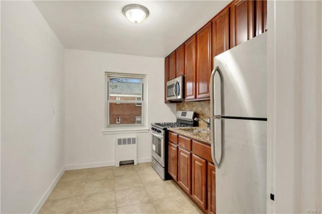 480 Tuckahoe Road 5A, Yonkers, NY 10710 (MLS #4803539) :: Mark Boyland Real Estate Team