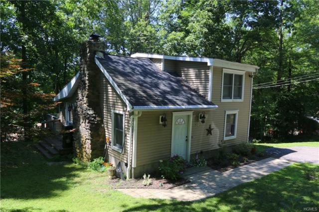 10 Oak Trail Court, Carmel, NY 10512 (MLS #4832477) :: Mark Seiden Real Estate Team