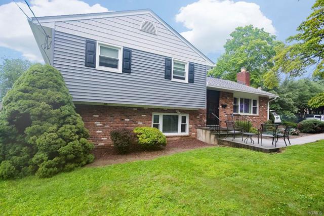 61 Crescent Place, Thornwood, NY 10594 (MLS #4837319) :: Mark Boyland Real Estate Team