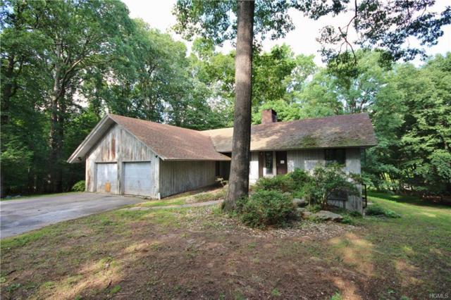 84 Round Hill Road, Armonk, NY 10504 (MLS #4838846) :: Mark Boyland Real Estate Team