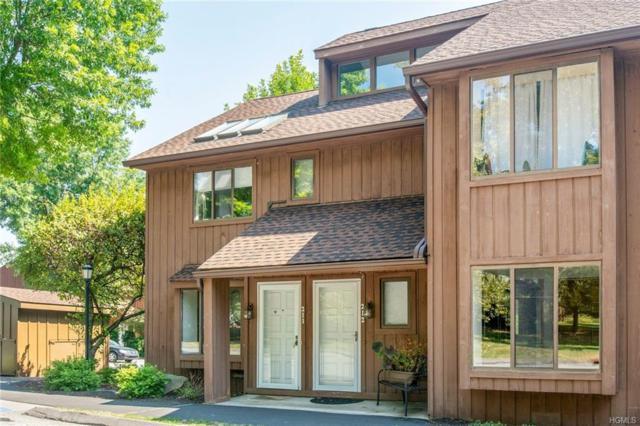 211 Old Farm Lane, Mohegan Lake, NY 10547 (MLS #4842908) :: Mark Boyland Real Estate Team