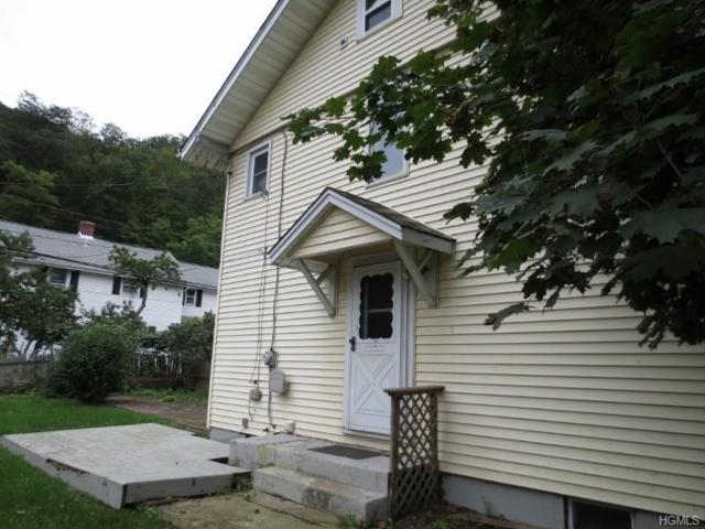 135 E Village Road, Tuxedo Park, NY 10987 (MLS #4843818) :: Stevens Realty Group