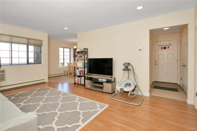 98 Foxwood Circle, Mount Kisco, NY 10549 (MLS #4920276) :: Mark Boyland Real Estate Team