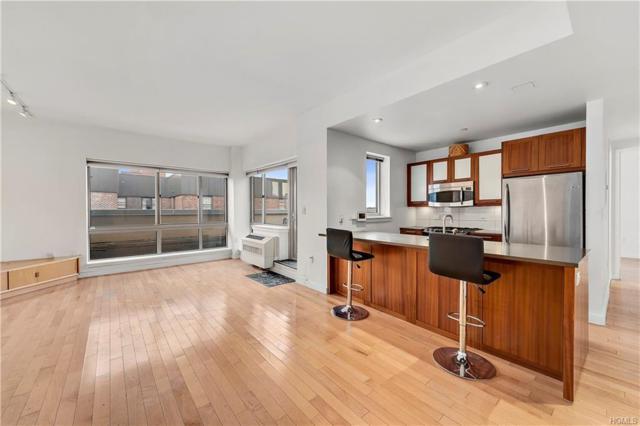 460 W 236th Street W7b, Bronx, NY 10463 (MLS #4921346) :: William Raveis Legends Realty Group