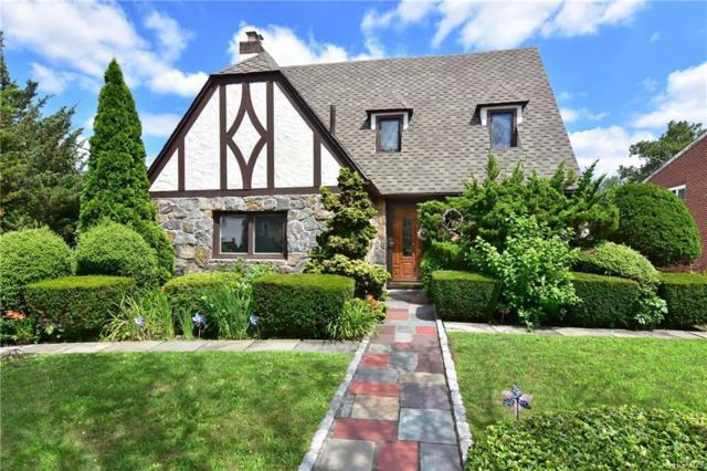11 Pine Avenue, Pelham, NY 10803 (MLS #4985318) :: Mark Boyland Real Estate Team