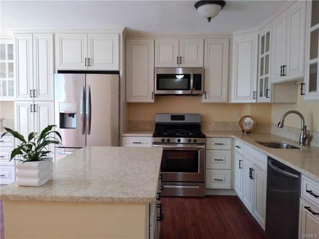 9 Pheasant Walk, Peekskill, NY 10566 (MLS #5046058) :: Mark Boyland Real Estate Team