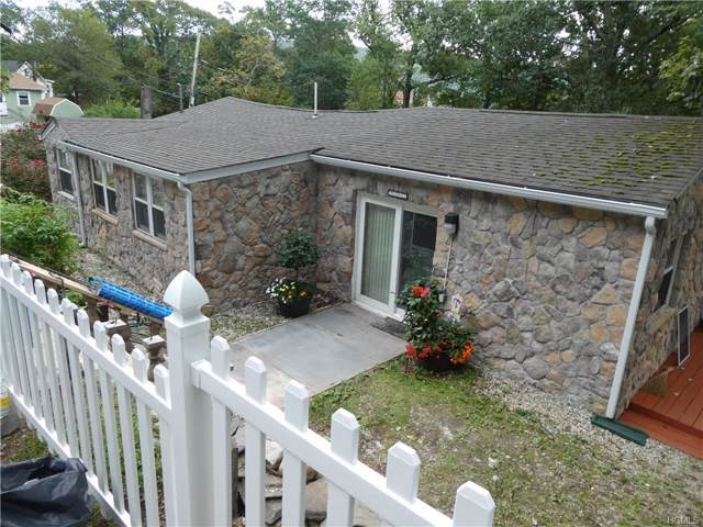 2 Diane Court, Greenwood Lake, NY 10925 (MLS #5063050) :: William Raveis Baer & McIntosh