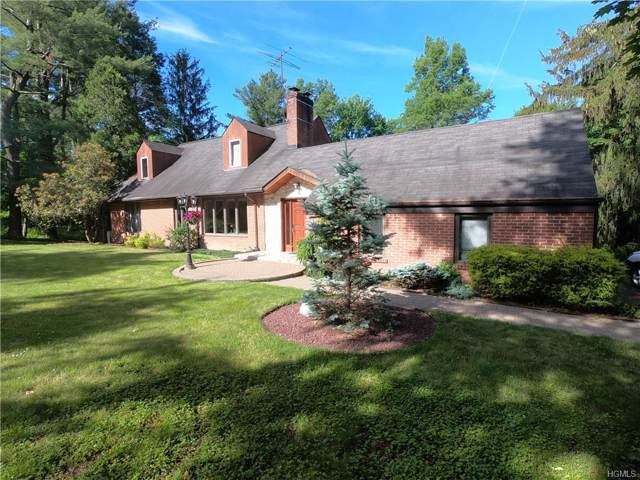 2511 Crompond Road, Yorktown Heights, NY 10598 (MLS #6003035) :: Mark Boyland Real Estate Team