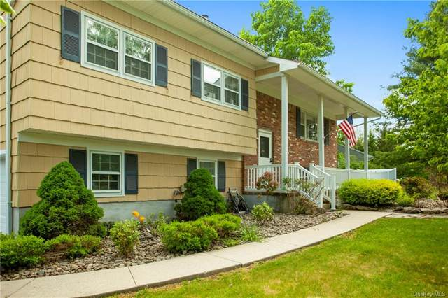 9 Briarwood Drive, Mount Hope, NY 10940 (MLS #H6042058) :: William Raveis Baer & McIntosh
