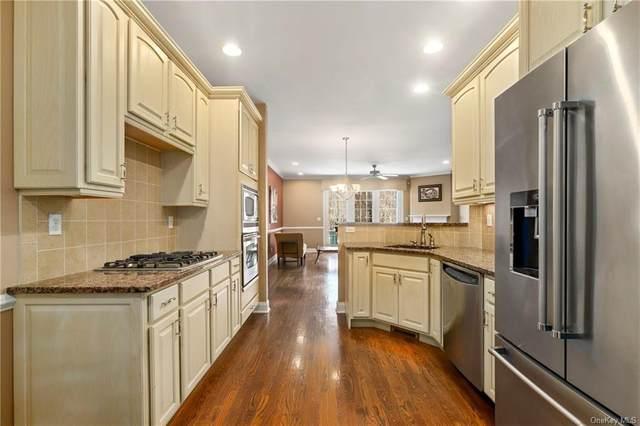 33 Augusta Drive, Cortlandt Manor, NY 10567 (MLS #H6105098) :: Barbara Carter Team