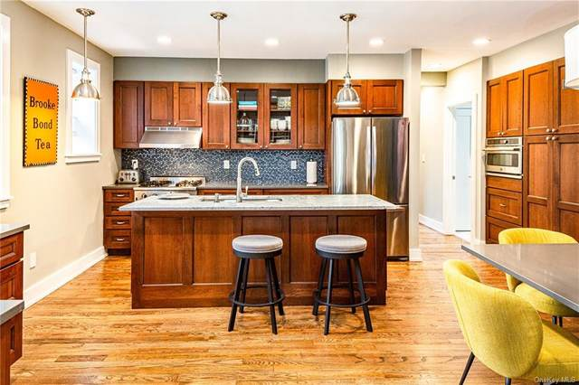 26 W Pondfield Road A/B, Bronxville, NY 10708 (MLS #H6111619) :: RE/MAX RoNIN
