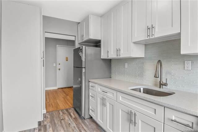 1 Oakridge Place 4B, Eastchester, NY 10709 (MLS #H6120073) :: Howard Hanna | Rand Realty