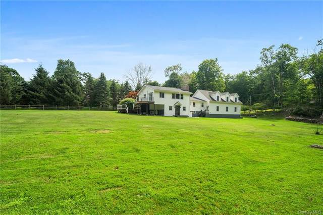 61 Bogtown Road, North Salem, NY 10560 (MLS #H6127261) :: Mark Boyland Real Estate Team