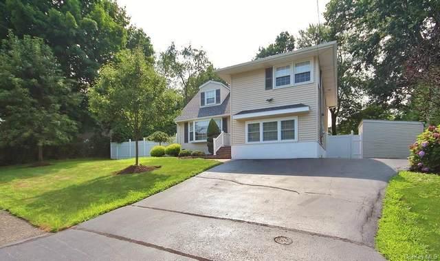 120 Lake Road, Valley Cottage, NY 10989 (MLS #H6131677) :: Howard Hanna Rand Realty