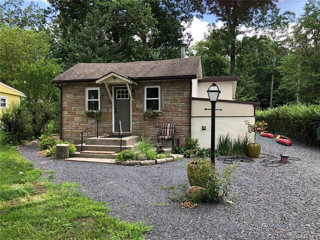 115 Sunset Trail, Pine Bush, NY 12566 (MLS #H6135175) :: Cronin & Company Real Estate