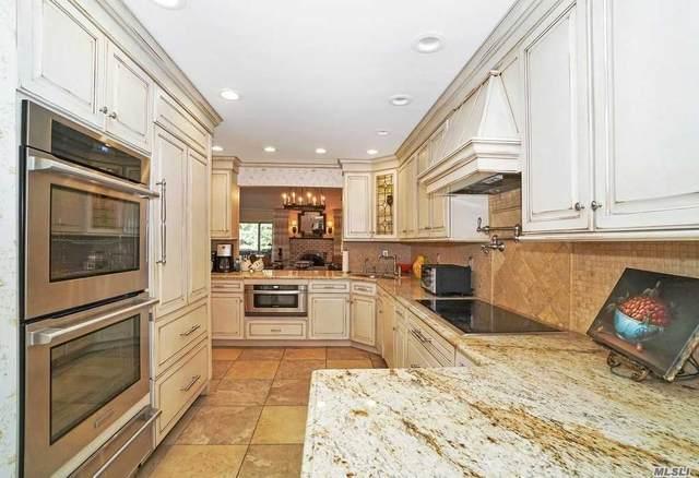 33 Woodland Drive, Roslyn, NY 11576 (MLS #3208681) :: Nicole Burke, MBA | Charles Rutenberg Realty