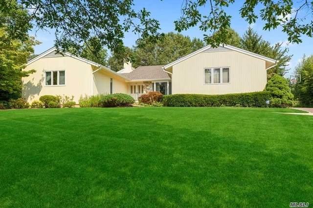 10 Bristol Drive, Manhasset, NY 11030 (MLS #3237057) :: Cronin & Company Real Estate