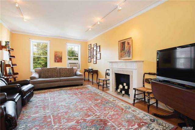 112-50 78th Avenue 4M, Forest Hills, NY 11375 (MLS #3259181) :: Nicole Burke, MBA | Charles Rutenberg Realty