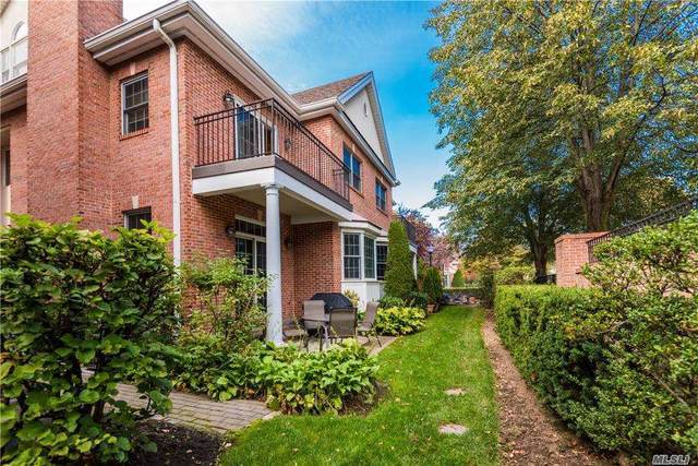 27 Portico Place A-2, Great Neck, NY 11021 (MLS #3259668) :: Live Love LI
