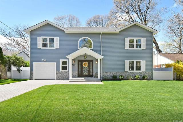 1582 Middle Neck Road, Port Washington, NY 11050 (MLS #3264915) :: Carollo Real Estate