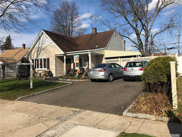 37 Hill Lane, Levittown, NY 11756 (MLS #3270718) :: RE/MAX RoNIN
