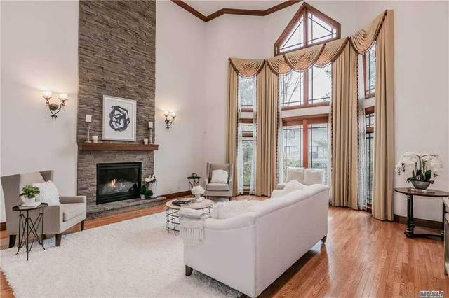 19 Olde Hamlet Drive, Jericho, NY 11753 (MLS #3280575) :: McAteer & Will Estates | Keller Williams Real Estate