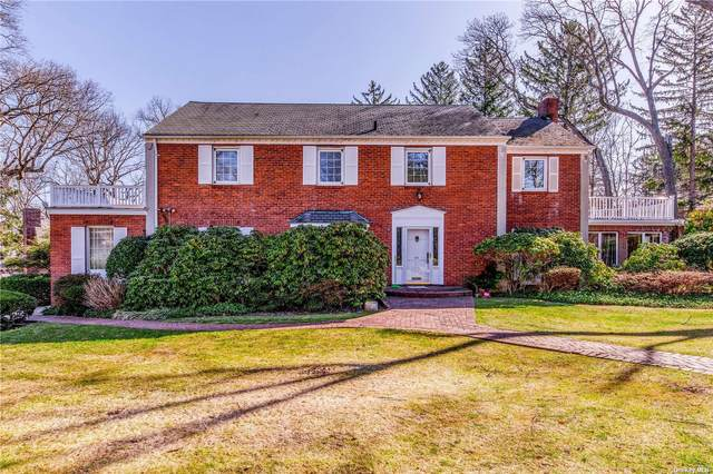 181 Country Club Drive, Manhasset, NY 11030 (MLS #3298022) :: McAteer & Will Estates | Keller Williams Real Estate