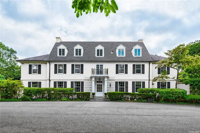 16 Forest Court, Oyster Bay Cove, NY 11791 (MLS #3310995) :: Carollo Real Estate